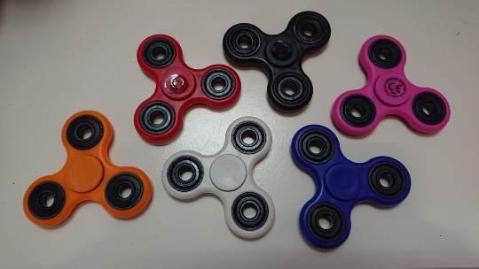 Spin-it, Finger SpinnerZ, 6 Farben sortiert
